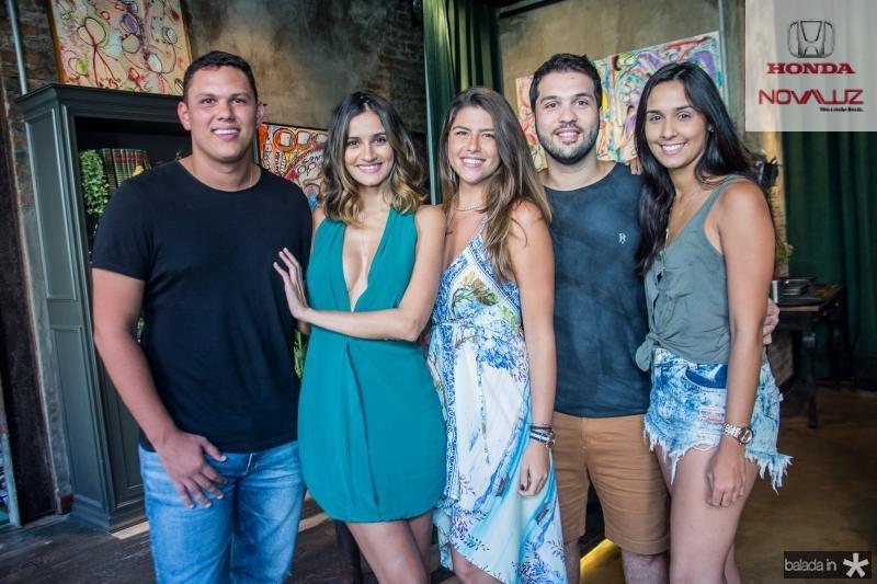 Marcelo Lobo, Lu Palhano, Natalia Benevides, Guilherme Albuquerque e Mirian Fernandes