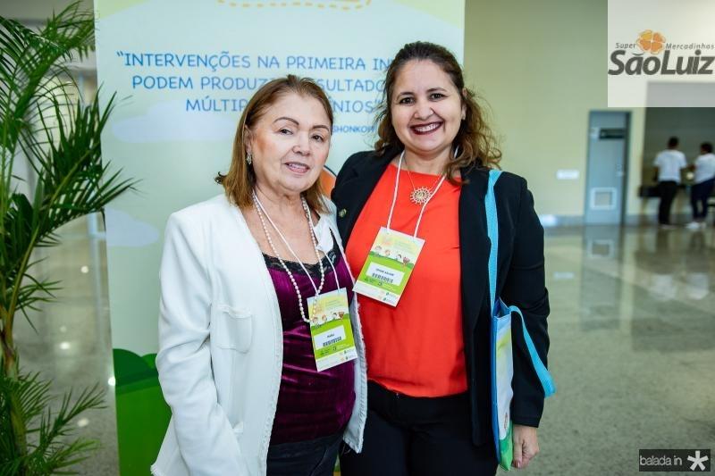Isabel Magalhaes e Denise Aguiar