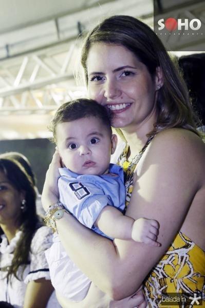 Queiroz Neto e Camila Queiroz