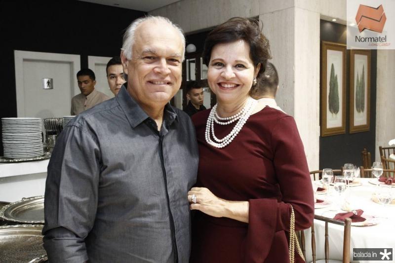 Ricardo e Jaqueline Moreira de Sousa
