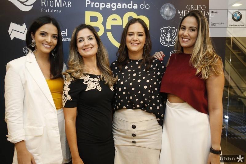 Carol Mafra, Clarissa Moura, Priscila Fiuza e Rebeca Almeida
