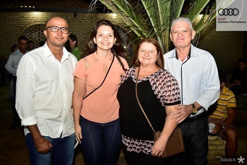 Vanks Nunes, Charliely Santiago, Luiza Santhiago
