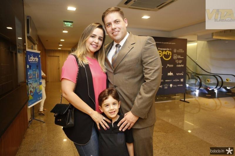 Juliana, Jamilson Filho e Jamilson Veras