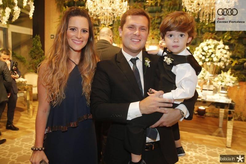 Camila, Joao Rafael e Theo Furtado