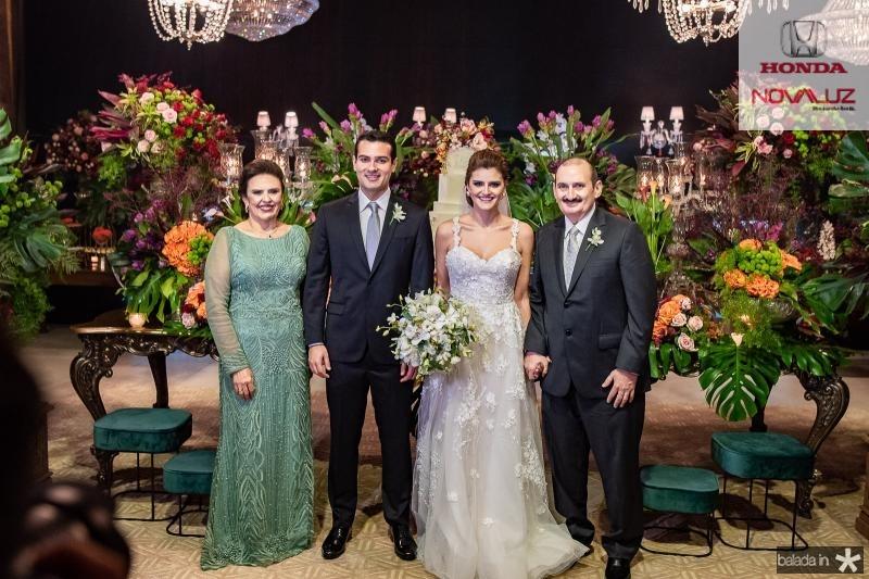 Valeria Gomes, Jose Carlos e Isabele Studart e Franze Gomes