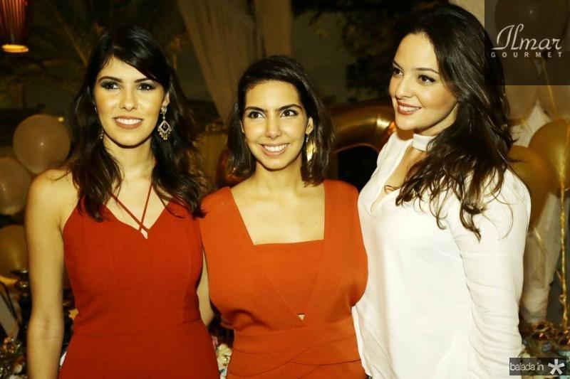 Flavia Simoes, Carla Laprovitera e Lara Teixeira