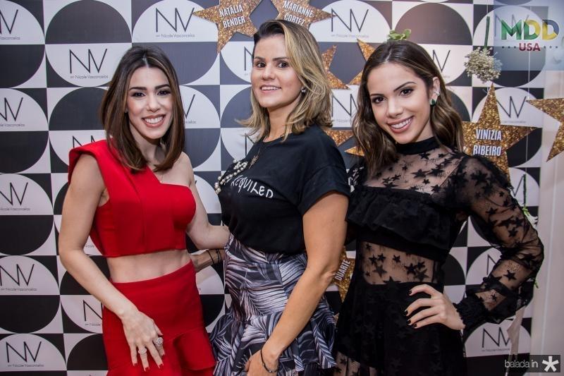 Juliana Cordeiro,  Carine Moreira e Nicole Vasconcelos