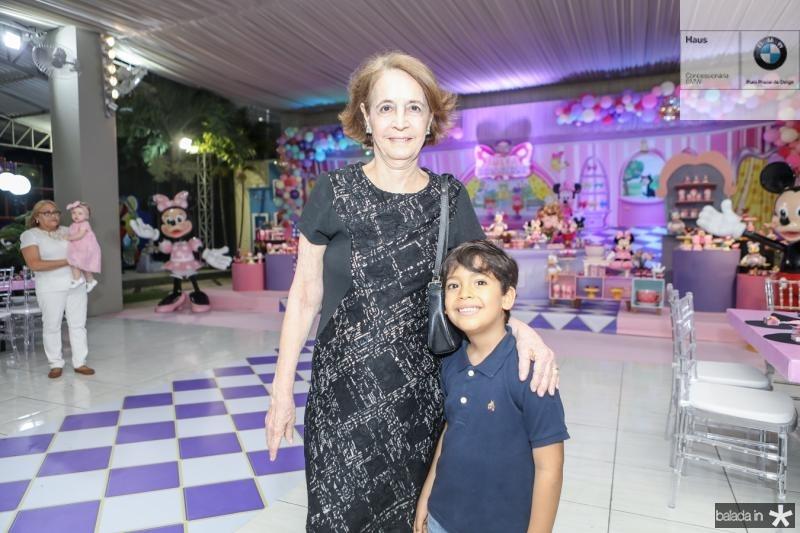 Rejane Vasconcelos e Thiago Lucas