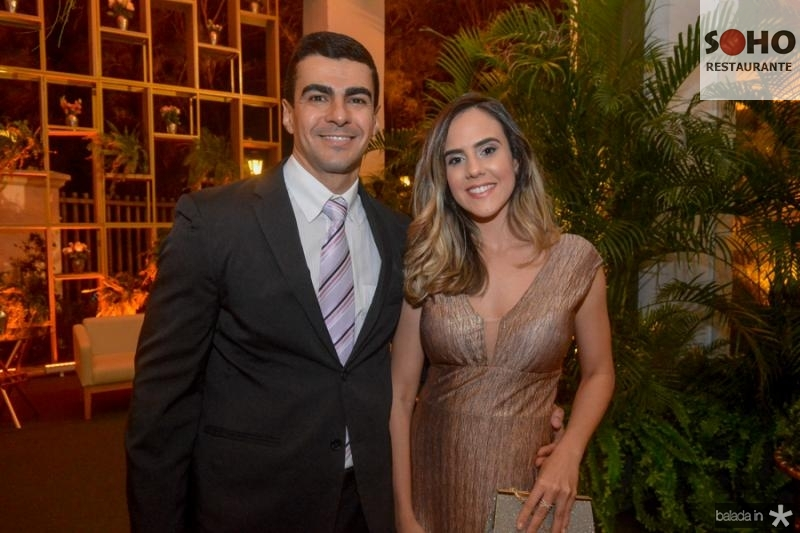 Tulio Carvalho e Rebeca Caetano