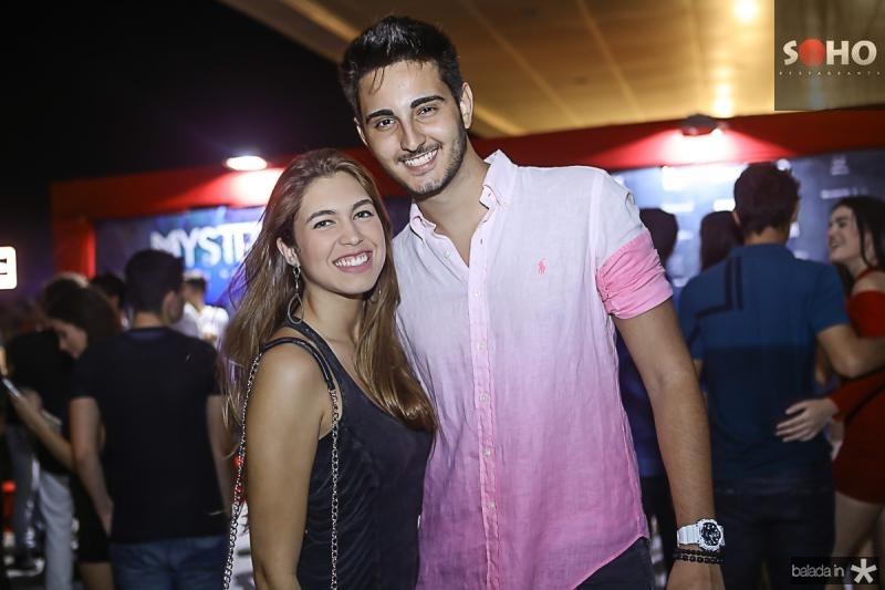 Isabelle Novais e Davi Portela