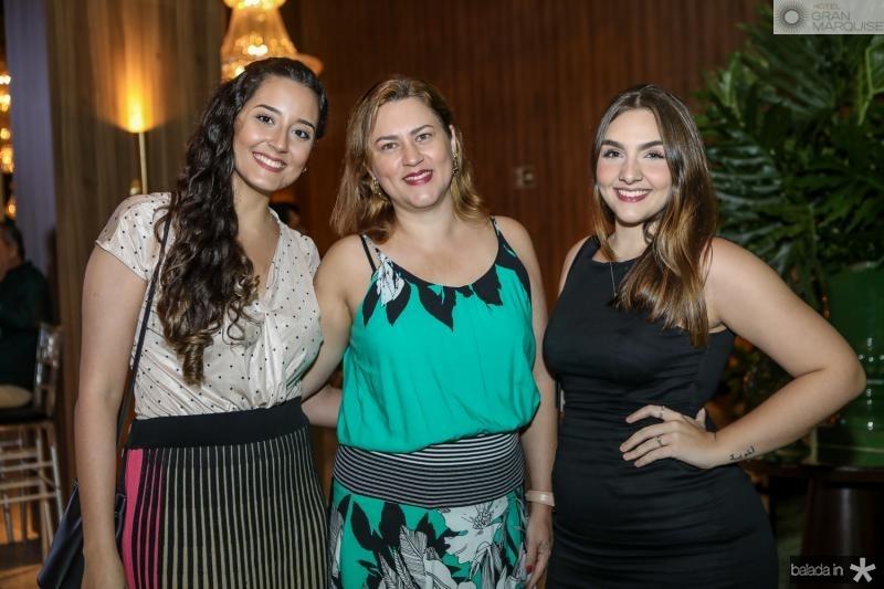 Joyce de Deus, Tatiana Melo e Lara de Castro