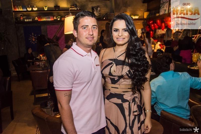 Thiago Silveira e Raiane Uchoa