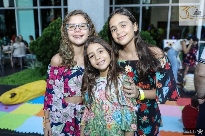Beatriz Queiroz, Sarah e Maria Bacelar