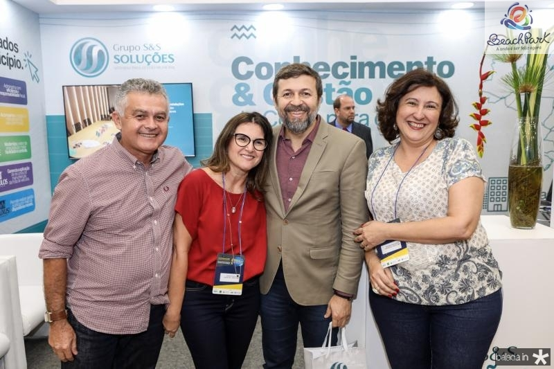 Valdizio Vieira, Patricia Holanda, Elcio Batista e Sandra Cavalcante