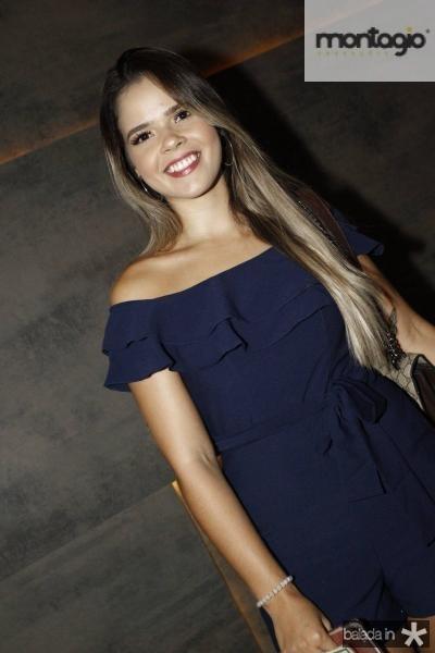 Larissa Suelen 1