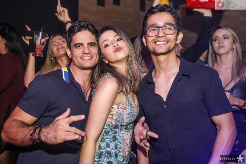 Jairo Sales, Carol Rodrigues e Jefersson Sales
