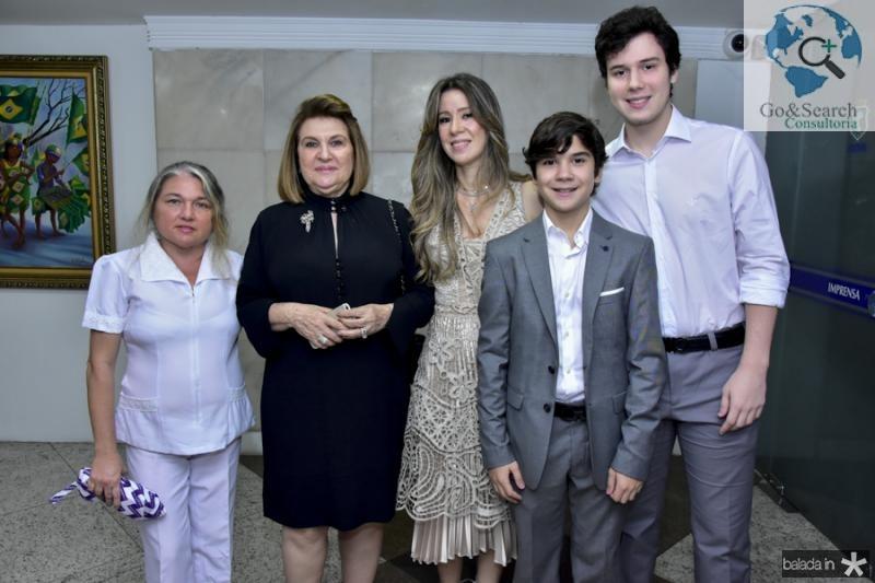 Rosangela Parente, Rejane, Lara, Eugenio e Alvaro Fujita