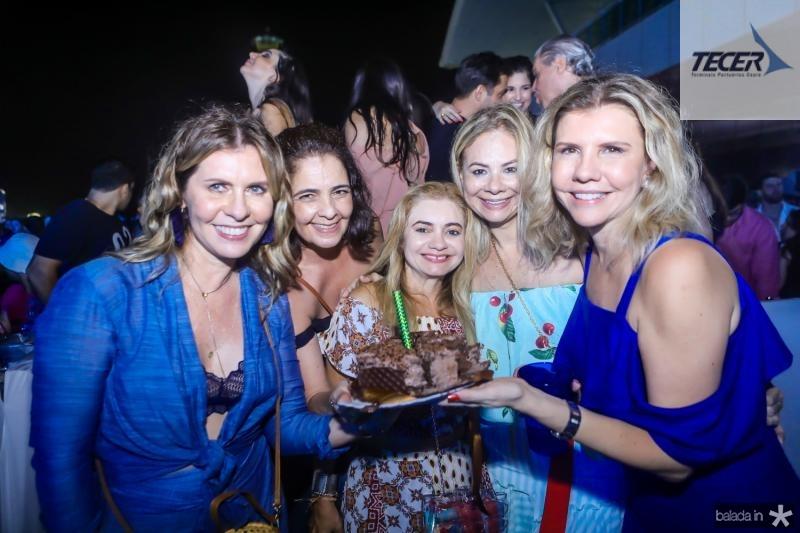 Alessandra Arrais, Giana Studart, Cris Camelo, Milena Lima e Georgea Fontes