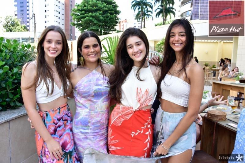 Maria Tereza Machado, Thais Albuquerque, Julia Matos e Giulia Frota