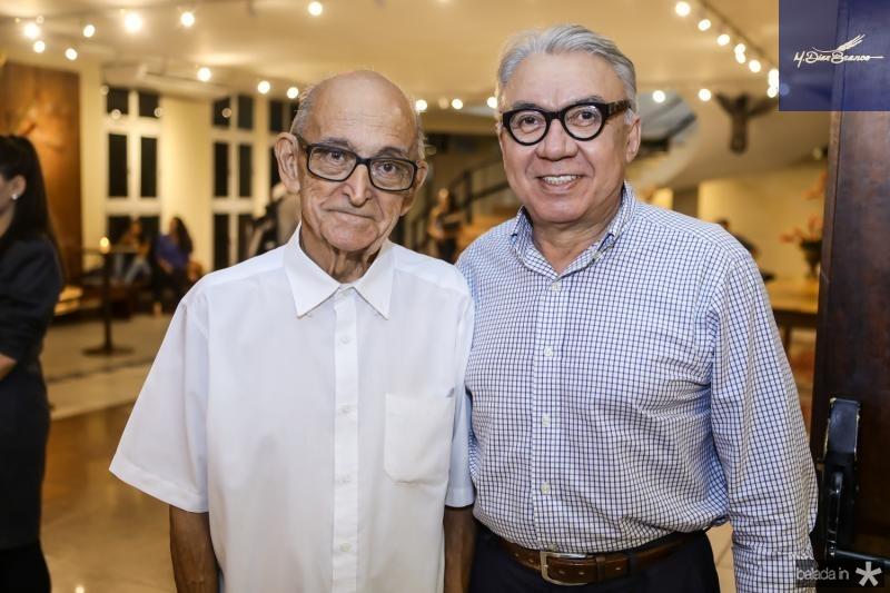 Livreiro Gabriel e Arnaldo Santos