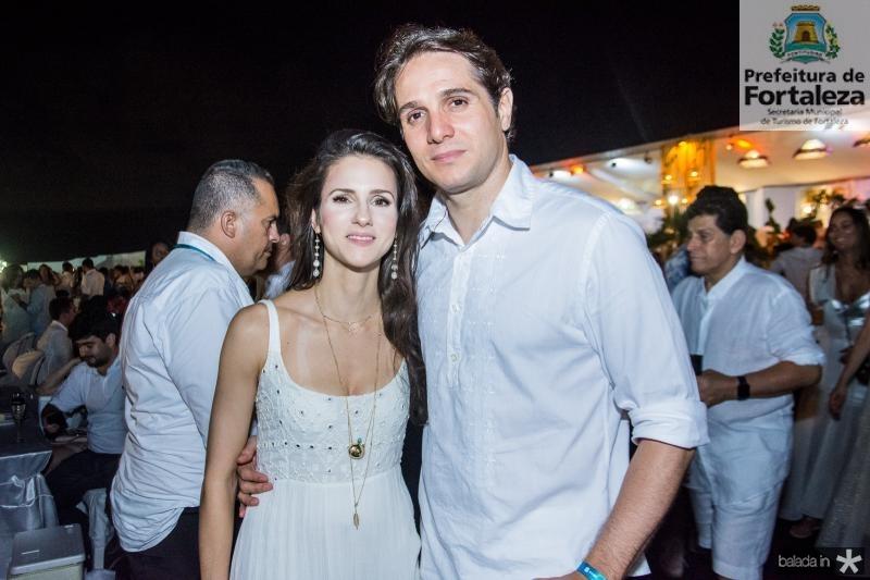 Carla e Benjamin Oliveira