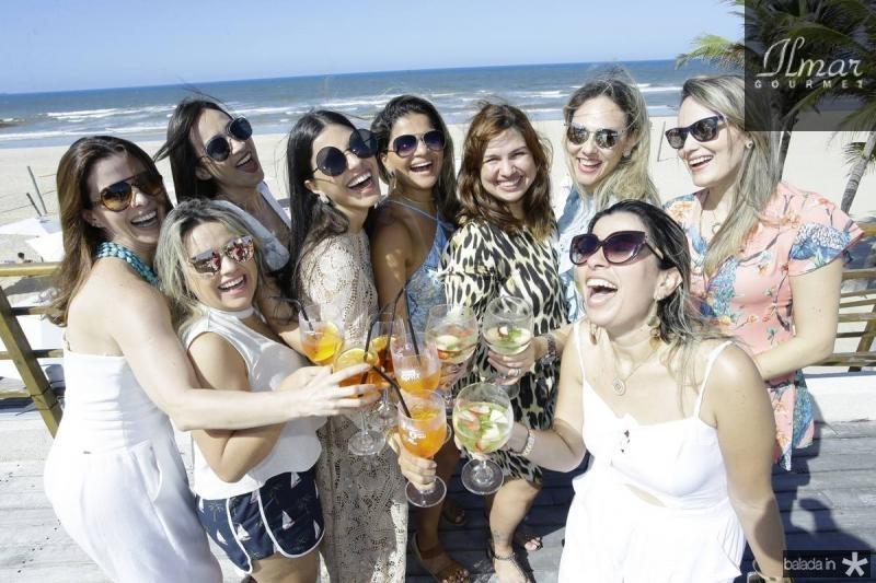 Amelia Mota, Alessandra Rosado, Artemis Lima, Juliana Melo, Diana de Castro, Cecilia Bezerra, Giana Albuquerque, Rafaela Oliveira e Suzane Benevides