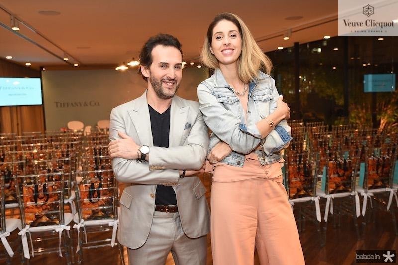 Marcos Proenca e Paula Merlo