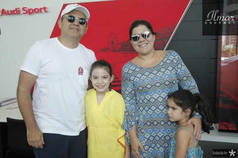 Herbert, Giulia, Gisela e Giovana Vieira