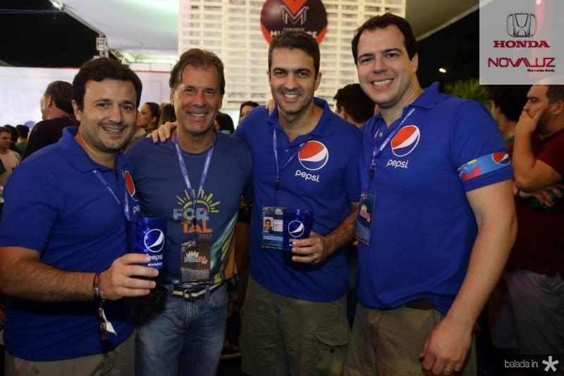 Pio Rodrigo, Arthur Magalhaes, Andre Macatrao e Guioto Felipe