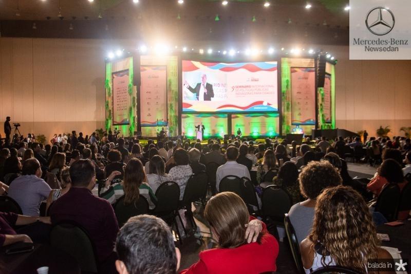 3 Seminario Internacional de Politicas Publicas  (