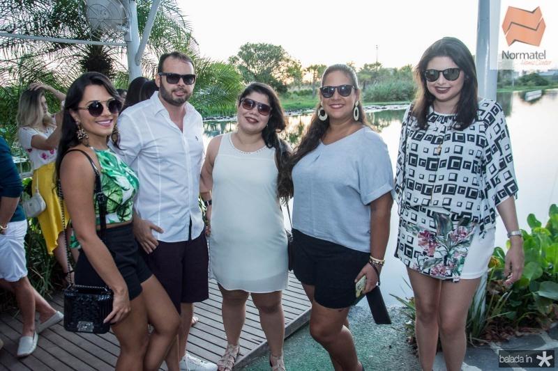 Livia Moreira, Thiago Regia, Rebeca Vidal, Mariana Marcelo e Germana Beatriz