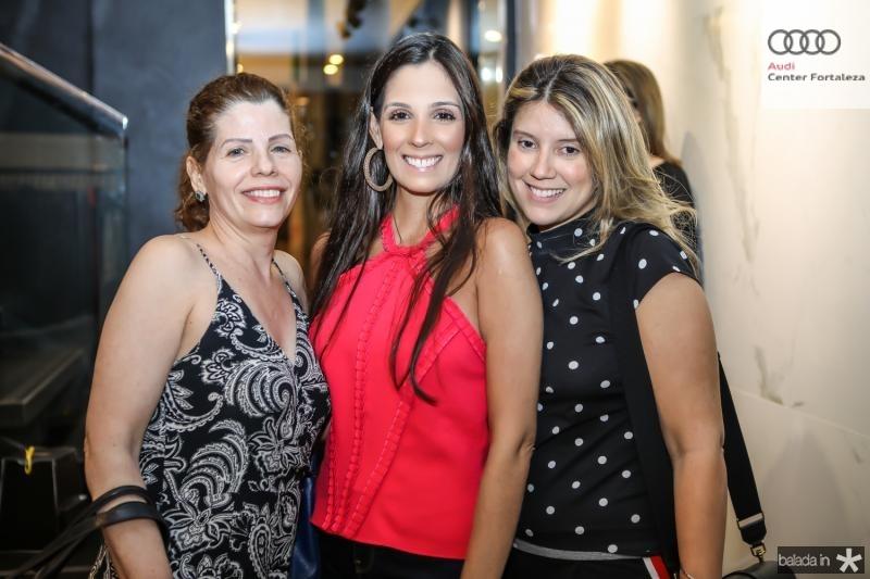 Ivana Maia, Rafaela Maia e Raquel Xavier