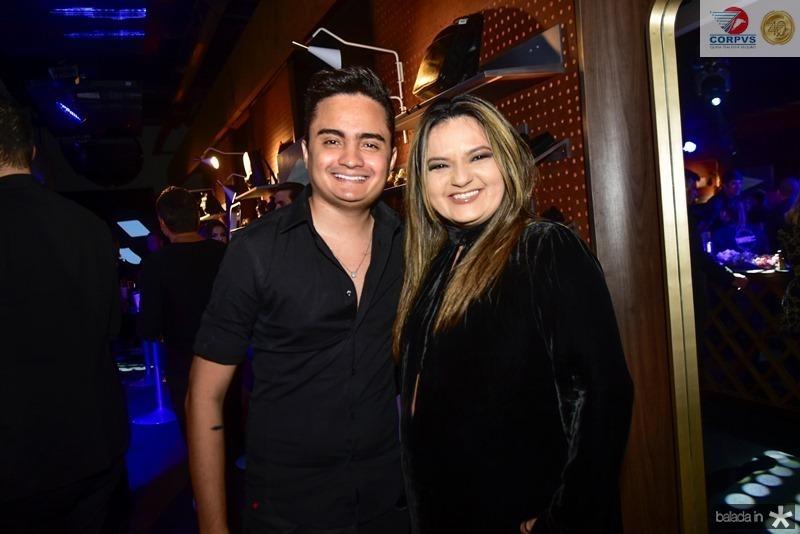 Felipe Araujo e Gigi Passos