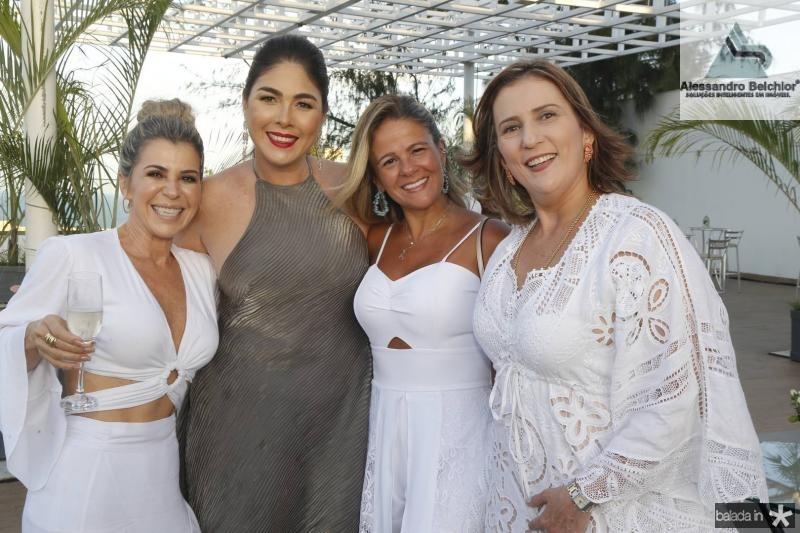 Monica LuzIzabela Fiuza, Carol Siqueira e Helena Dias