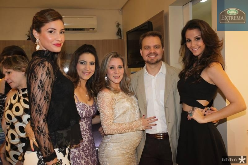 Khrisley Karlen, Camila Rodrigues, Olga Saraiva, Valderi Vieira e Mariana Vasconcelos