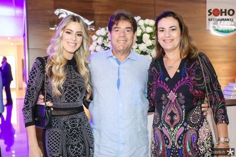 Sarah, Marcos e Giovana Albuquerque