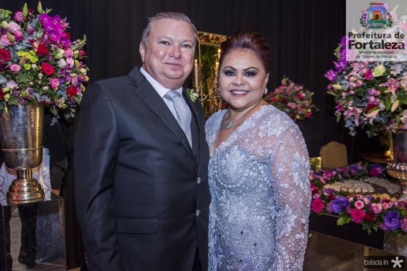 Alexandre Adolfo Alves Neto e Meire Freire