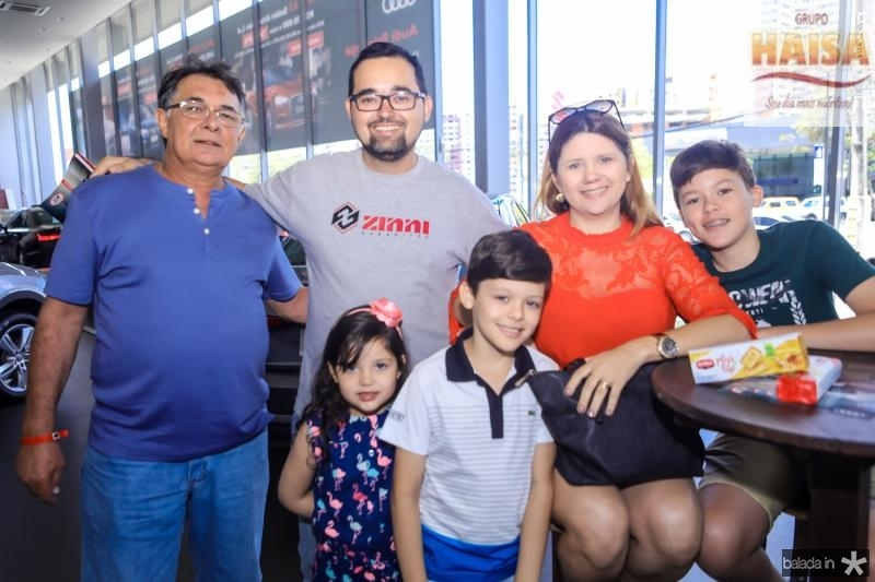 Batista Albuquerque, David, Ana Julia, Joao, Jane e Pedro Targino