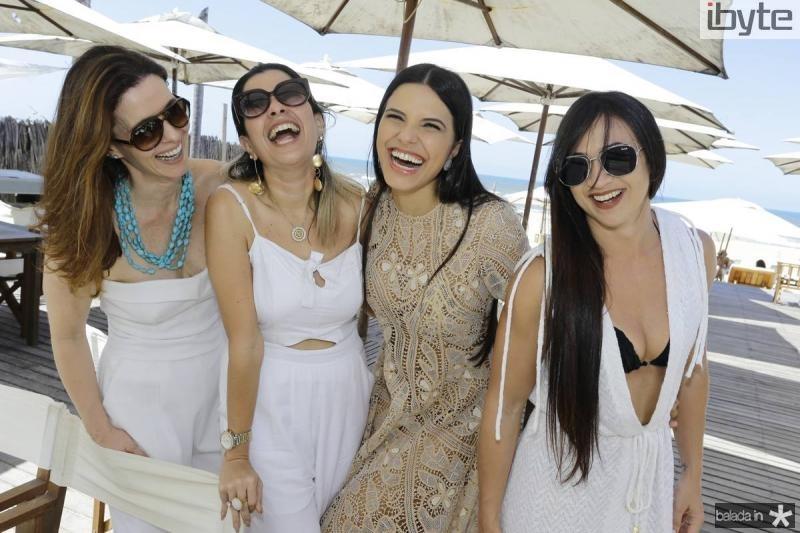 Amelia Mota, Rafaela Oliveira, Juliana Melo e Artemis Lima
