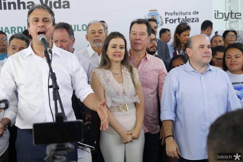 Camilo Santana, Inacio Arruda, Liana e Carlos Fujita e Roberto CLaudio