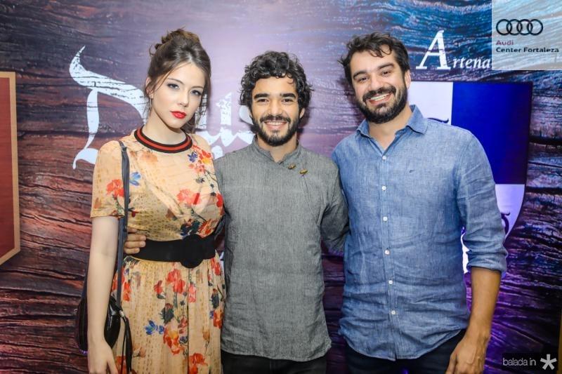 Bia Arantes, Caio Blat e Bernardo Sa