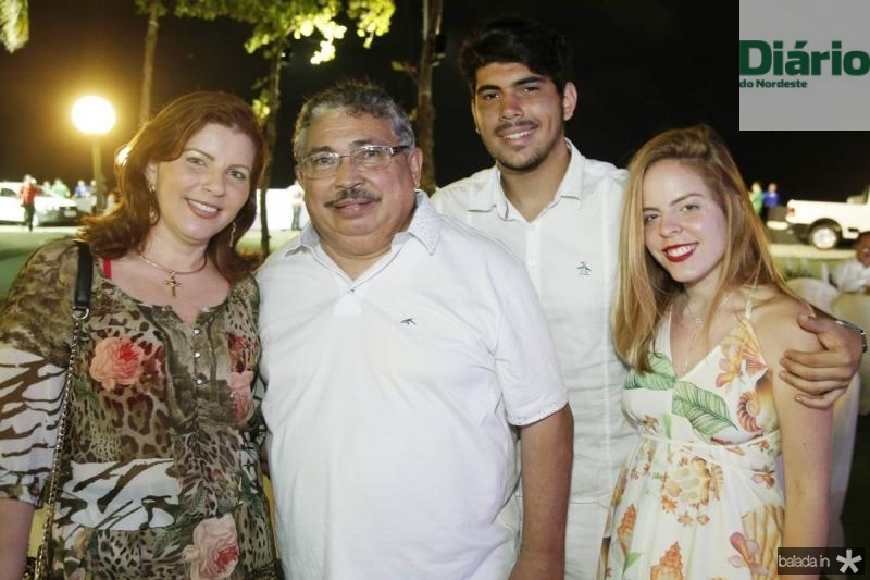 Kely Pontes, Celio Guimaraes, Celio Filho e Mariana Colaco