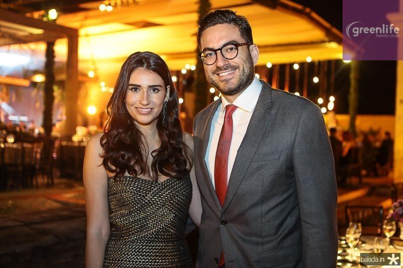 Larissa Luz e Bernardo Santana