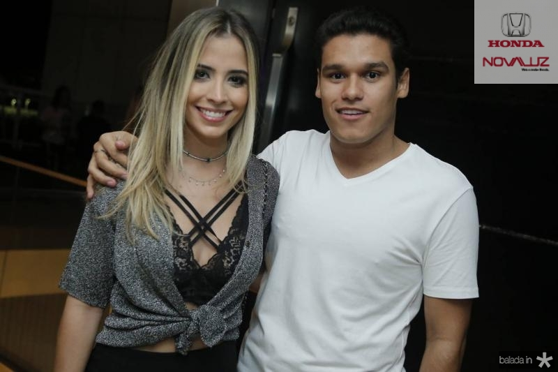 Mikaela Botura e Felipe Torres