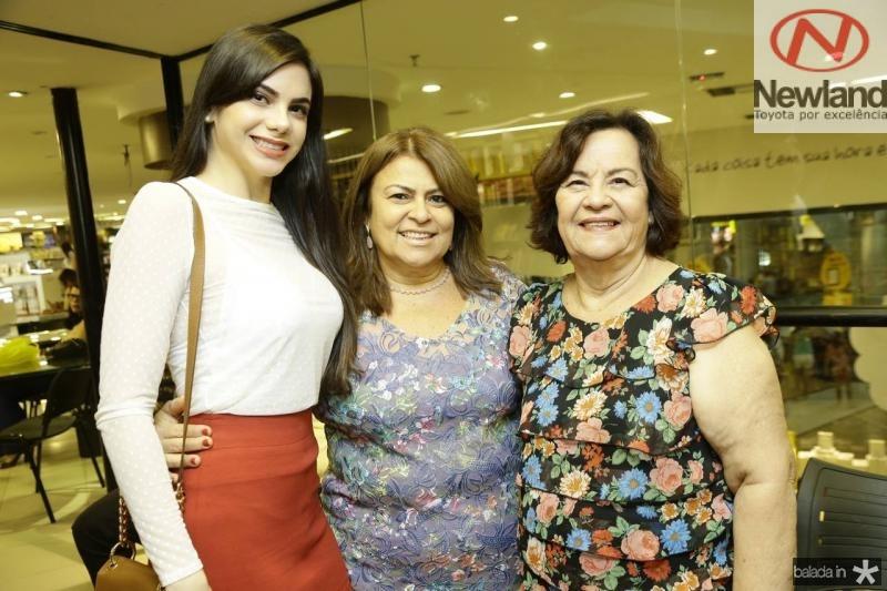 Mikaela Ferreira, Regina Lima e Edirtes Trigueiro
