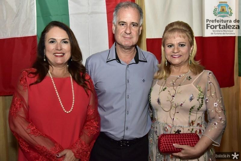 Ana Luiza, Arthur e Excelsa Costa Lima