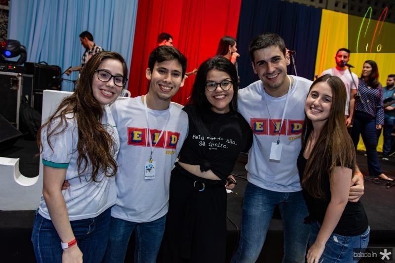 Mariana Thomaz, Ricardo Carvalho, Lara Lima, Gustavo Ferraz e Samira Oka