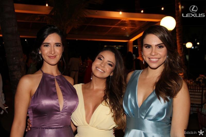 Sarah Pianowski, Clarisse Santana e Rebeca Souza