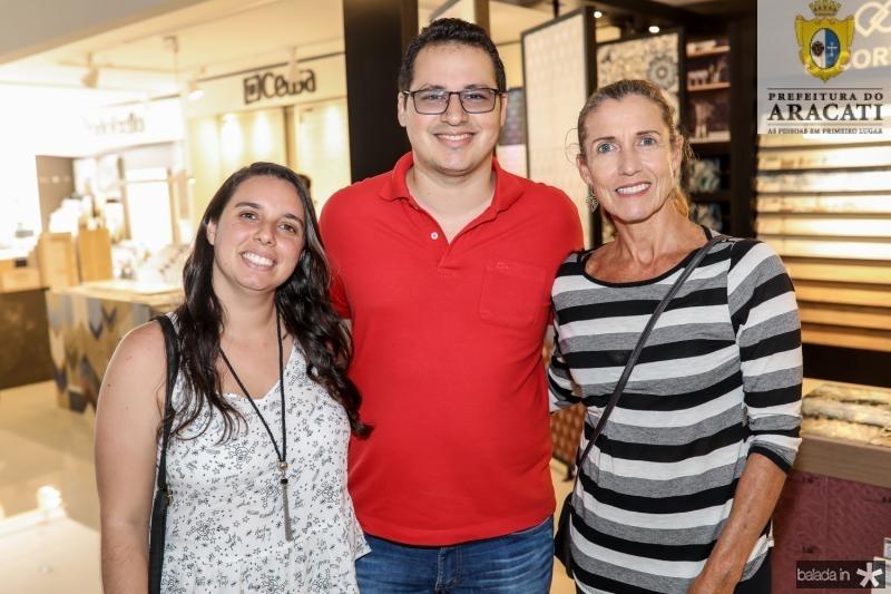 Aline Moura, Artur Linhares e Paula Saboia