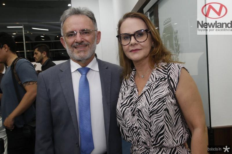 Vinicius e Claudia Benevides
